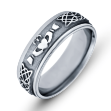 Mens Claddaugh- Celtic Wedding band